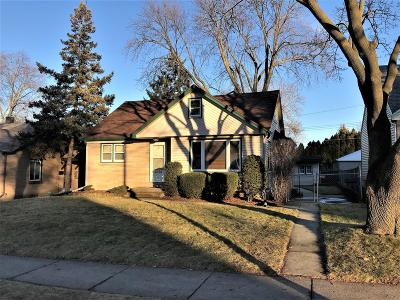 West Allis Single Family Home Active Contingent With Offer: 2924 S 93rd St