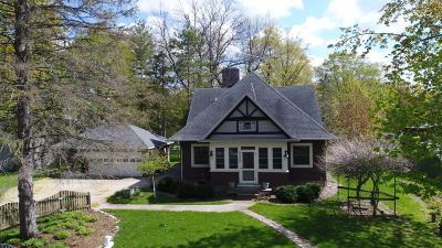 Oconomowoc Single Family Home For Sale: N60w38429 Hawthorne Dr