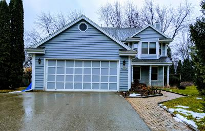 Menomonee Falls Single Family Home Active Contingent With Offer: N78w15537 Old Gate Rd