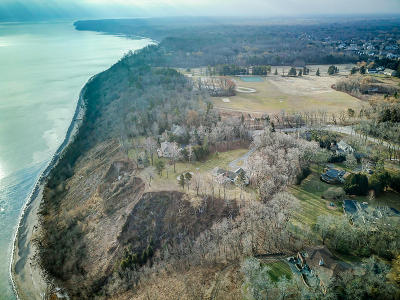 Mequon Residential Lots & Land For Sale: 710 E Ravine Dr