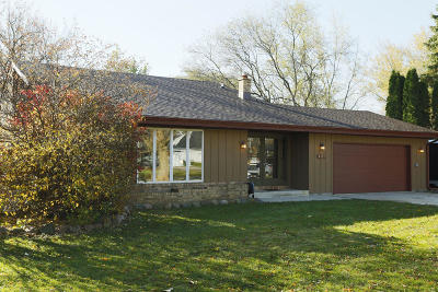 Racine Single Family Home Active Contingent With Offer: 4121 Harvest Ln