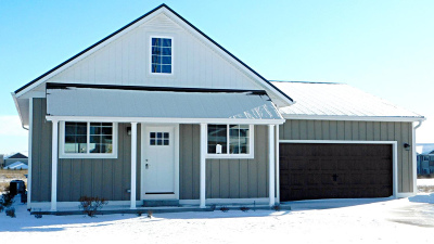 Port Washington Single Family Home For Sale: 1865 Farm View Dr