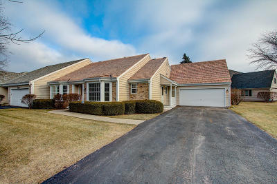 Mequon Condo/Townhouse For Sale: 10604 N Winslow Dr