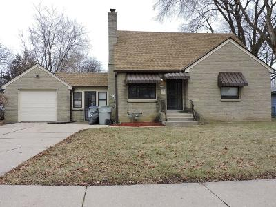 Single Family Home For Sale: 5324 N 66