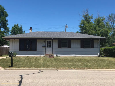 Racine Single Family Home For Sale: 5608 16th St