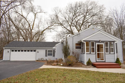 Mequon Single Family Home Active Contingent With Offer: 14138 N Cedarburg Rd