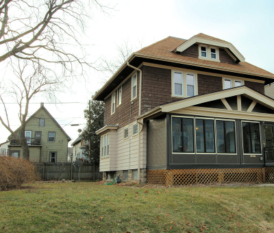 Milwaukee Single Family Home For Sale: 2863 S Mabbett Ave