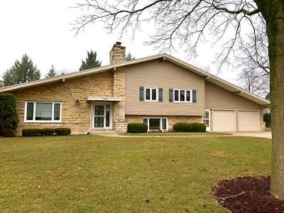 Single Family Home For Sale: 17550 Echo Ln