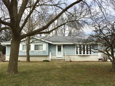 Single Family Home For Sale: N69w23802 Donna Dr