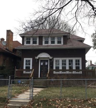 Single Family Home For Sale: 2872 N 41st St