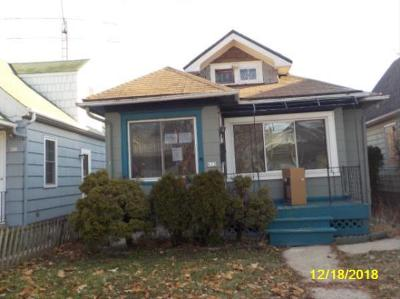 Single Family Home For Sale: 612 S 61st St