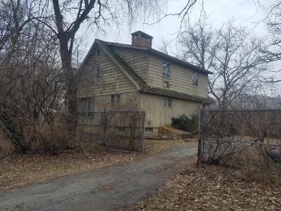 Delavan WI Single Family Home For Sale: $179,900
