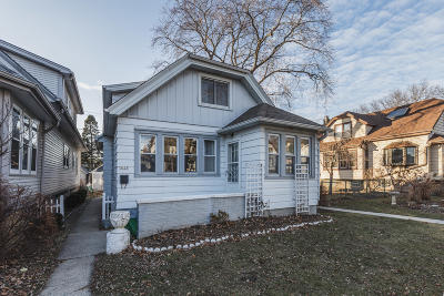 Milwaukee Single Family Home For Sale: 3125 S Illinois Ave