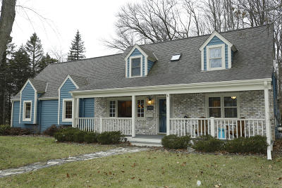 Menomonee Falls Single Family Home Active Contingent With Offer: W160n8713 Patton Dr