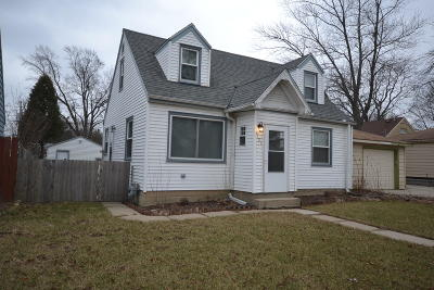 Single Family Home For Sale: 8121 W Lisbon Ave