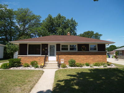 Single Family Home For Sale: 3661 S 79th St