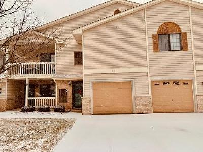 Kenosha Condo/Townhouse Active Contingent With Offer: 7312 98th Ave #G