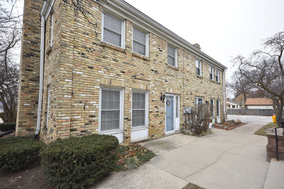 Condo/Townhouse Active Contingent With Offer: 11620 W Bluemound Rd