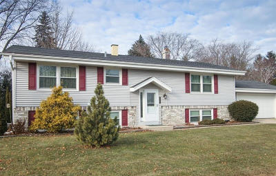 Grafton Single Family Home Active Contingent With Offer: 1781 1st Ave
