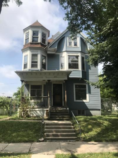 Single Family Home For Sale: 2013 N 28th St