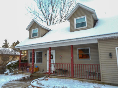 West Bend Single Family Home For Sale: 803 Steeple View Rd