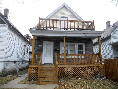 Milwaukee Single Family Home For Sale: 1515 S 23rd St