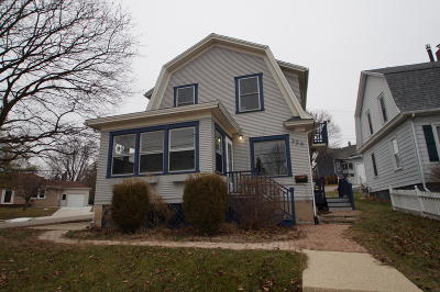 Washington County Single Family Home For Sale: 334 W State St