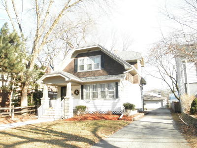 Milwaukee County Two Family Home For Sale: 2062 N Ludington Ave #2062A