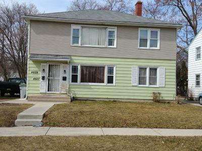 Milwaukee Multi Family Home For Sale: 4607 N 49th St #4609