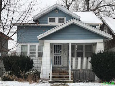 Milwaukee Single Family Home For Sale: 2232 N 51st St