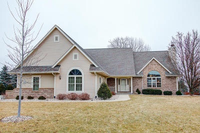 Washington County Single Family Home Active Contingent With Offer: W144n9830 Sun Valley Trl
