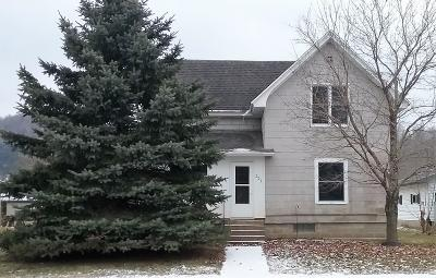 Vernon County Single Family Home For Sale: 221 W Commercial St
