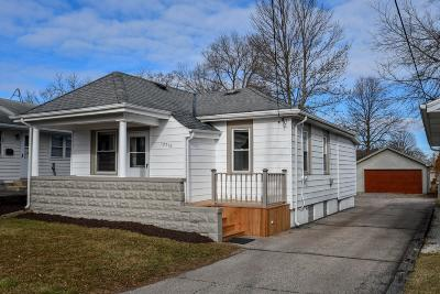Single Family Home For Sale: 12718 W Lancaster Ave