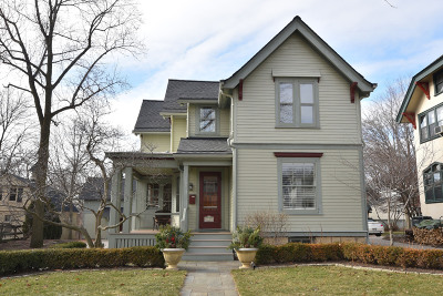 Wauwatosa WI Single Family Home For Sale: $389,900