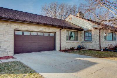 Single Family Home For Sale: 247 Grand Blvd