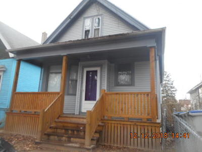 Milwaukee Single Family Home For Sale: 1917 S 26th St