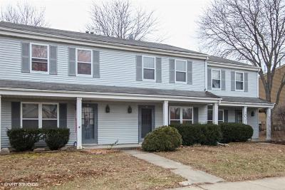 Waukesha Condo/Townhouse For Sale: 2021 Woodburn Rd #C