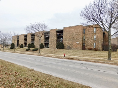 Milwaukee WI Condo/Townhouse For Sale: $63,500