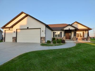 Pleasant Prairie WI Single Family Home For Sale: $448,000