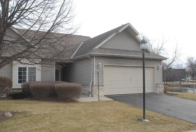 Greenfield WI Condo/Townhouse For Sale: $249,900