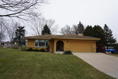 Franklin Single Family Home For Sale: 9326 S Springhill Ln