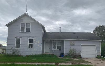 Peshtigo Single Family Home Active Contingent With Offer: 151 N Noquebay Ave