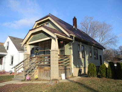 Milwaukee WI Single Family Home For Sale: $39,000