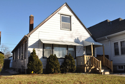 Milwaukee Single Family Home Active Contingent With Offer: 4660 N 40th St