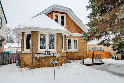 Milwaukee Single Family Home Active Contingent With Offer: 3260 S Logan Ave
