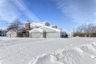 Pewaukee Condo/Townhouse Active Contingent With Offer: N16w26561 Wild Oats Dr #A