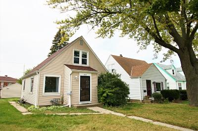 Milwaukee Single Family Home For Sale: 7239 W Lisbon Ave
