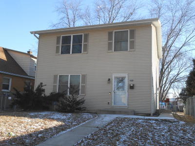 Milwaukee Single Family Home For Sale: 5646 N 94th St