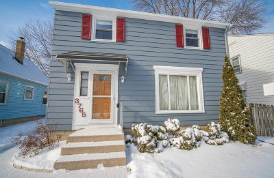 Milwaukee Single Family Home For Sale: 3765 S Logan Ave