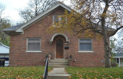 Single Family Home For Sale: 1812 Underwood Ave